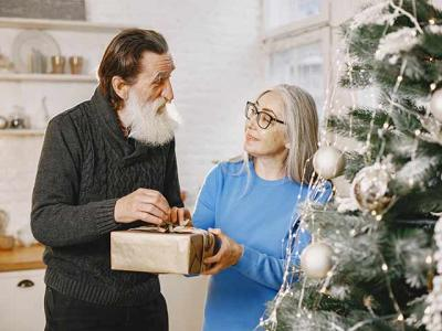 Tips For Seniors To Stay Healthy During The Christmas Holidays